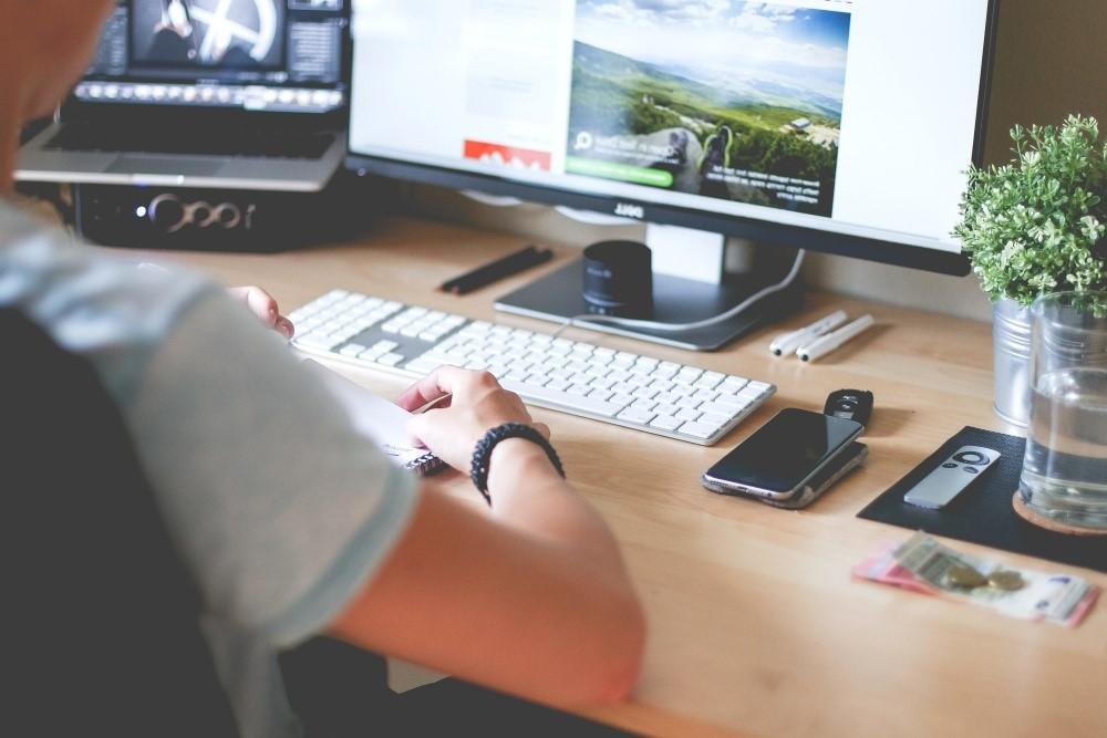 Graphic Design Mistakes in Web Designing